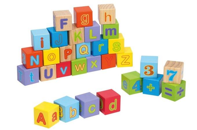 Johntoy Dřevěné kostky s písmeny a čísly