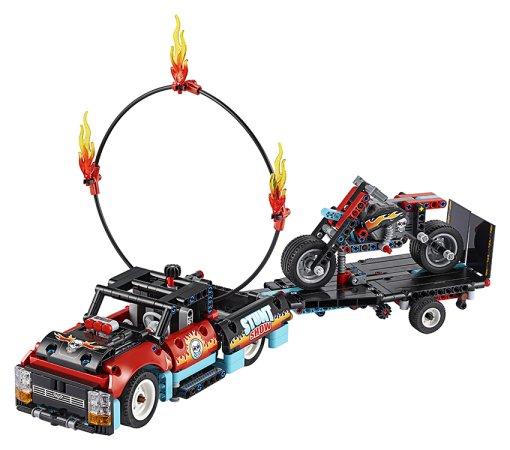 LEGO Technic 42106 - Kaskadérská vozidla