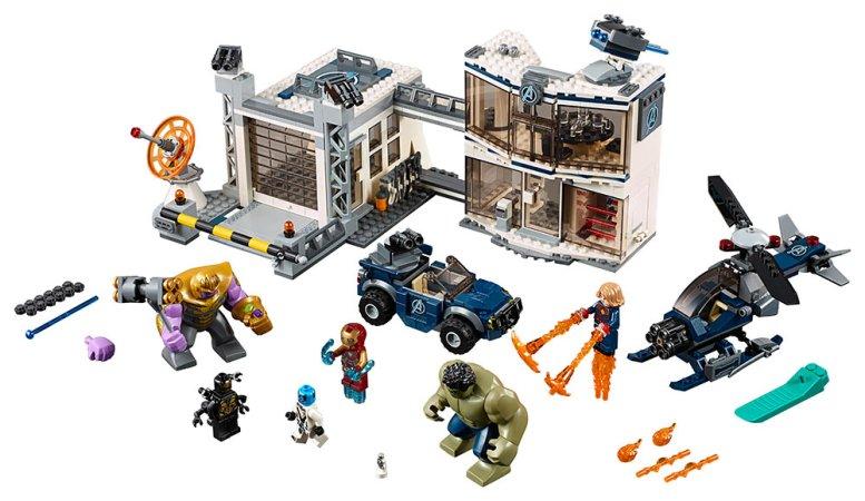 LEGO Marvel Avengers 76131 - Bitva o základnu Avengerů